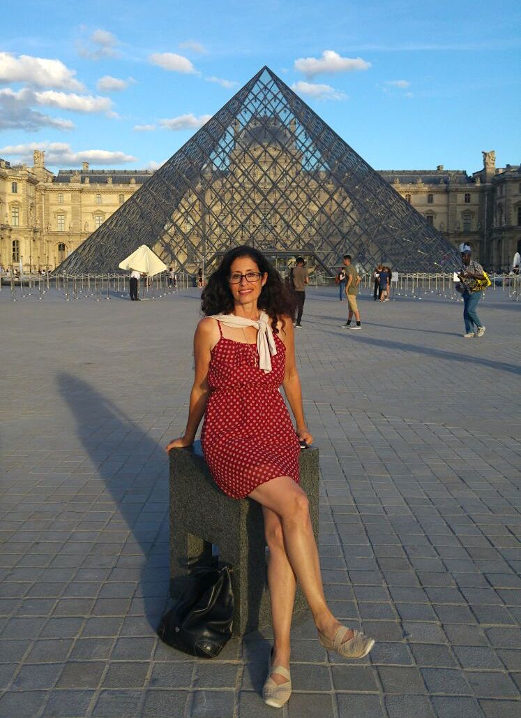 Linda in front of the Louvre in September 2016