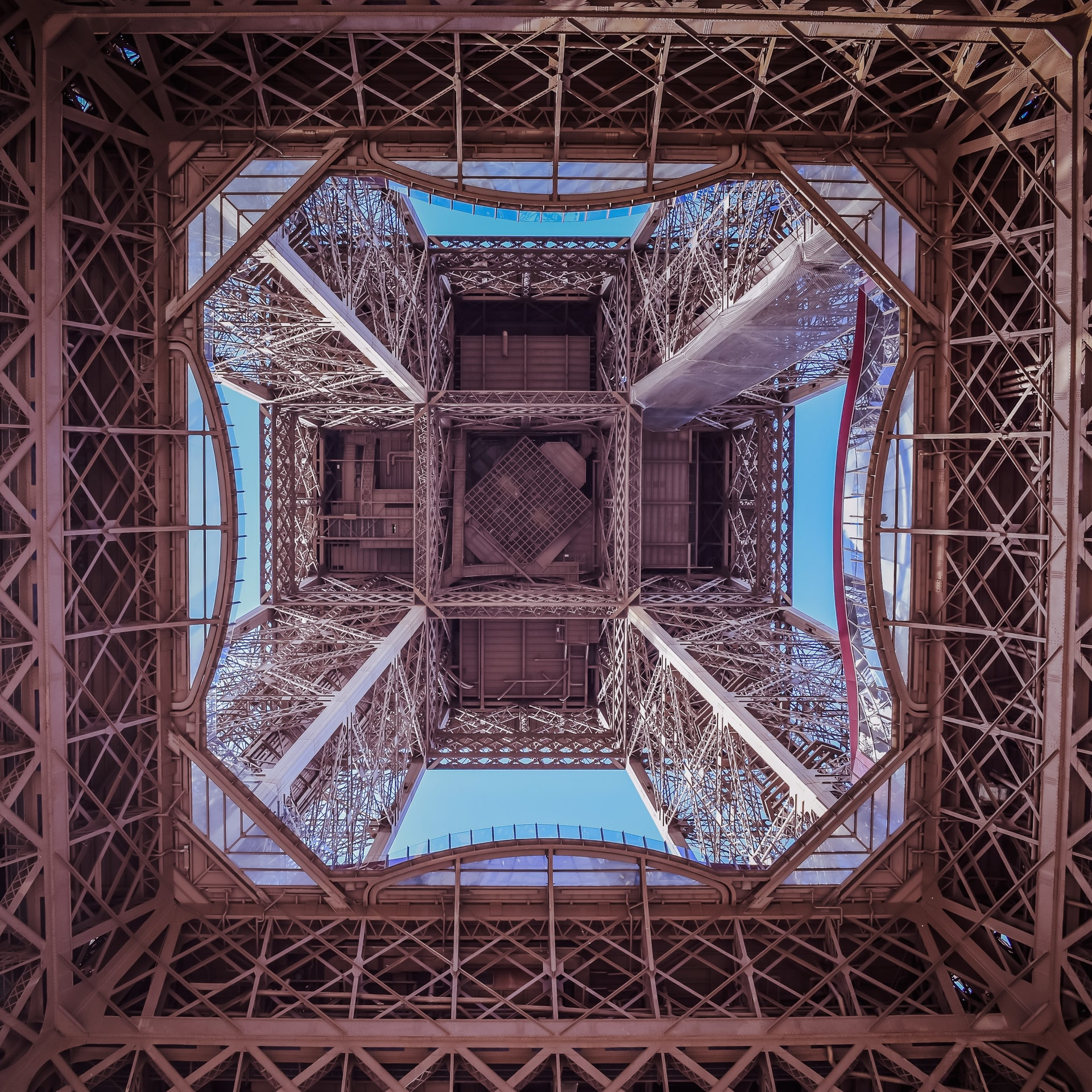 Engineering of the Eiffel Tower seen from below